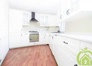 Thumbnail 4 bed flat to rent in Gidea Park, Romford