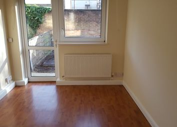 1 bed flat to rent in Galbraith Street, London E14