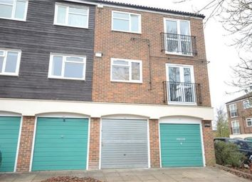 Thumbnail 2 bedroom flat for sale in Ladybank, Bracknell, Berkshire