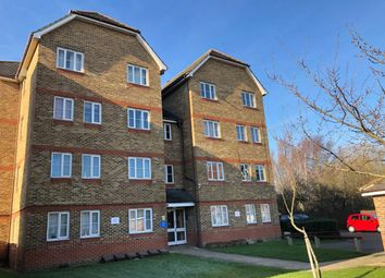 1 bed flat to rent in Woburn Close, London SE28