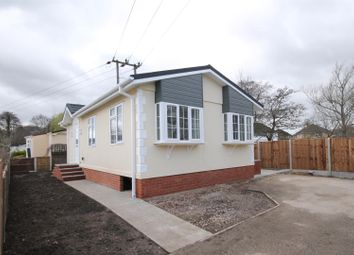 Thumbnail 1 bed mobile/park home for sale in Brookside Park, Hawley Lane, Farnborough