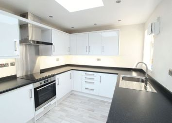 3 bed terraced house to rent in Town Centre, William Street, Swindon SN1