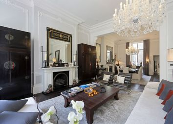 Palace Gate, Kensington W8. 3 bed flat for sale