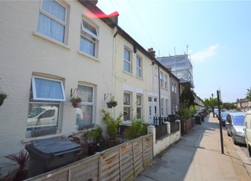 Thumbnail 3 bed property to rent in Pemdevon Road, Croydon