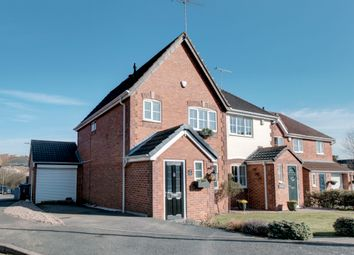 3 Bedrooms Semi-detached house for sale in Shunters Drift, Barlborough, Chesterfield S43
