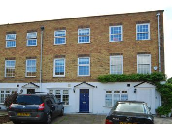 Thumbnail 5 bed property to rent in Westmoreland Place, Ealing