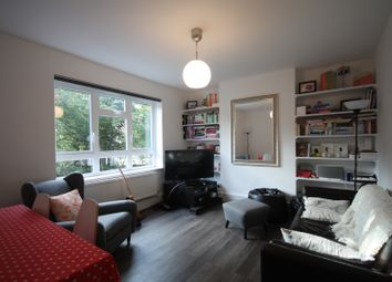Thumbnail 2 bed flat to rent in Hanley Road, Stroud Green