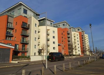 2 bed flat to rent in South Quay, Kings Road, Swansea. SA1
