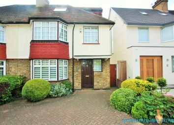 Thumbnail 4 bed property to rent in Elm Close, Hendon