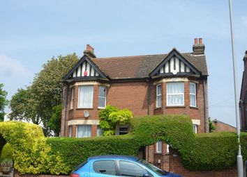 Thumbnail 3 bed property to rent in Dunstable Road, Luton, Beds