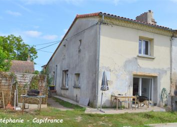 Thumbnail 1 bed property for sale in Aquitaine, Lot-Et-Garonne, Clairac