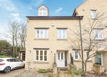 Thumbnail 4 bedroom end terrace house for sale in Grangers Place, Witney