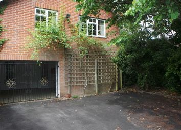 Thumbnail 4 bedroom semi-detached house to rent in The Avenue, Fareham