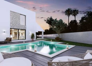 Thumbnail 5 bed villa for sale in Villa Marina, Marbella - Puerto Banus, Costa Del Sol