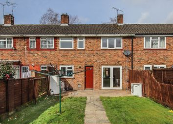 3 bed terraced house to rent in Warren Drive, Ifield, Crawley RH11