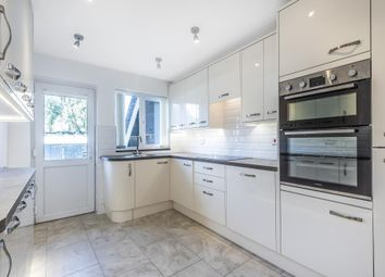 2 bed maisonette for sale in Abingdon Road, London N3