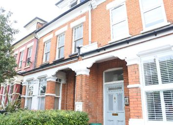 Thumbnail 2 bedroom flat to rent in Glebe Road, London