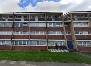 3 bed maisonette for sale in Palmers Road, London N11