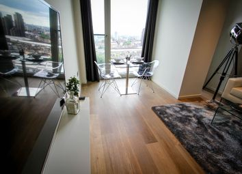 Thumbnail Studio to rent in Upper Ground, London