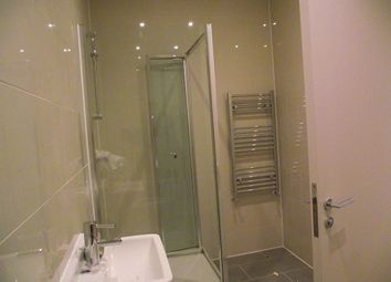 Thumbnail 1 bed flat to rent in Manningtree Street, Aldgate