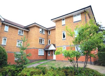 Thumbnail 1 bed flat to rent in Masefield Gardens, Crowthorne