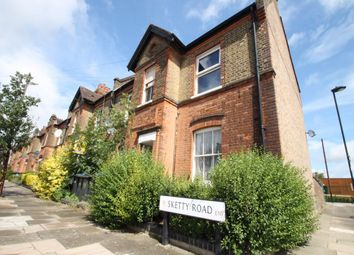 Thumbnail 1 bed flat to rent in Sketty Road, Enfield