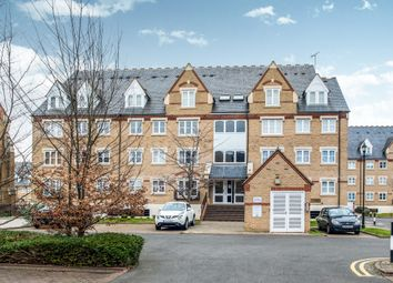 Thumbnail 1 bedroom flat for sale in Anglian Close, Watford