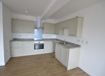 Thumbnail 3 bed flat to rent in High Street, London Colney, St.Albans