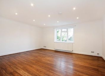 Thumbnail 2 bedroom flat to rent in 59 Southbourne Crescent, Hendon, London