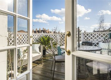 2 bed maisonette for sale in Racton Road, London SW6
