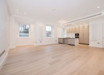 Thumbnail 3 bed flat to rent in Arkwright Road, London