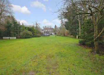 Thumbnail 5 bed property for sale in The Ridgeway, Radlett