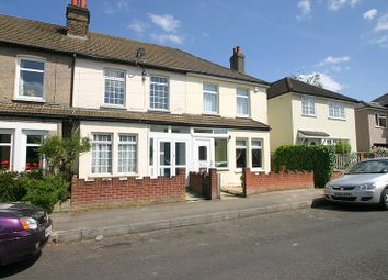 Thumbnail 2 bed property to rent in Addison Road, Caterham
