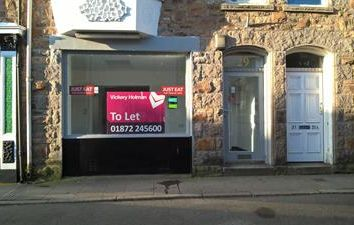 Thumbnail Restaurant/cafe to let in 29 Cross Street, Camborne, Cornwall