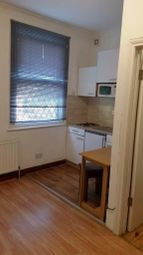 Thumbnail Studio to rent in Acacia Road, Leytonstone