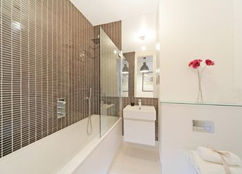 Thumbnail 1 bed flat to rent in 52 Kensington Park Road, London