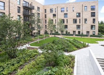 Thumbnail 1 bed flat to rent in Kingfisher Heights, Royal Docks