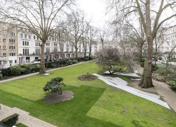 Thumbnail 1 bedroom flat to rent in Kensington Gardens Square, London