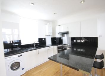 2 bed maisonette to rent in Newmarket Road, Brighton BN2