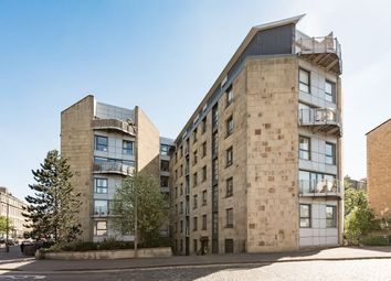 Thumbnail 3 bed flat for sale in East London Street, Edinburgh