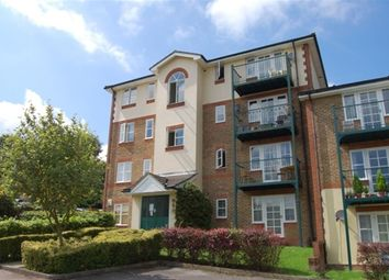 Thumbnail 2 bed flat to rent in Alexandra Park, High Wycombe, Bucks