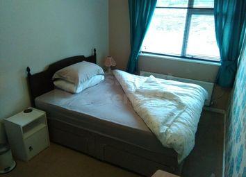 Room to rent in Sandy Hill Road, Farnham, Surrey GU9