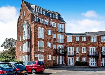 Thumbnail 2 bed flat to rent in Sovereigns Quay, Bedford