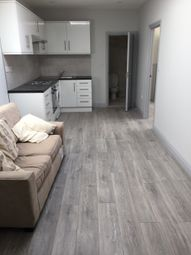 Thumbnail 2 bed flat to rent in Marsh Road, Luton, Bedfordshire