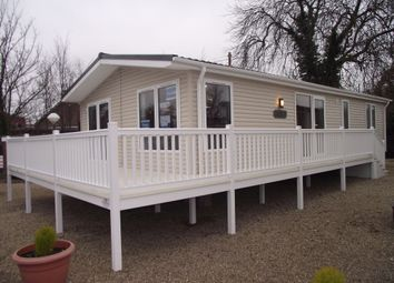 Thumbnail 1 bedroom mobile/park home for sale in Valley Road, Clacton-On-Sea