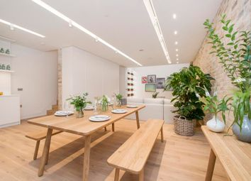 Thumbnail 3 bedroom town house to rent in Bingham Place, London