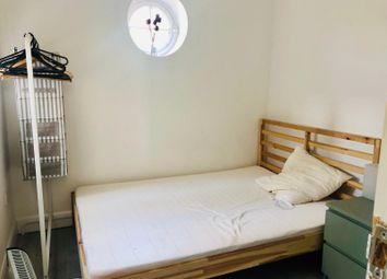 Thumbnail 2 bed flat to rent in Green Lanes, London