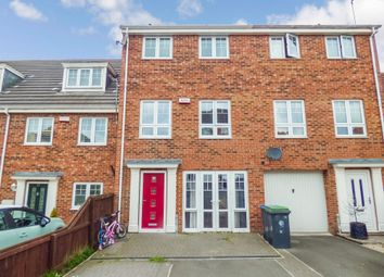 Thumbnail 4 bedroom town house for sale in Berry Edge Road, Consett