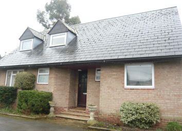 Thumbnail 3 bed bungalow to rent in Stanford Road, Faringdon