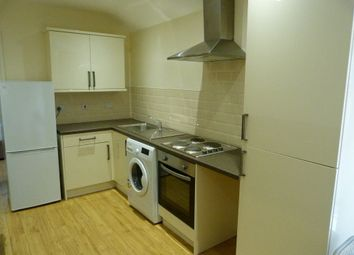 Thumbnail 1 bed flat to rent in Cranbrook Street, Cathays, Cardiff
